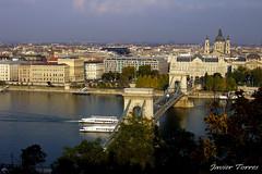 Budapest (Javi Torres) Tags: puente cadenas budapest casio hungria danubio exs600