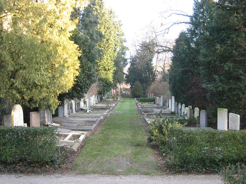 Tolsteeg cemetery, Utrecht