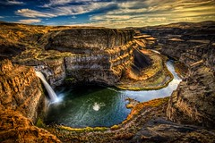 Palouse Falls HDR (Fresnatic) Tags: washington waterfalls pacificnorthwest naturalwonders hdr cloudscapes easternwashington palousefalls photomatix thepalouse mywinners concordians canonrebelxsi fresnatic