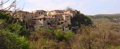(alterna6969) Tags: voyage france nature vacances village pierre south provence maison    vasion sud colline  perch   lubron hauteprovence     opedette
