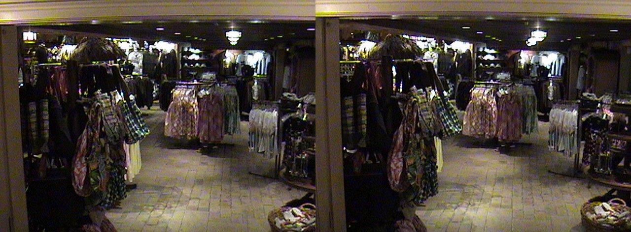 dsc06661, 2008:06:08 23:48, 3Dh, California, Anaheim, Disneyland®, Adventureland, Indiana Jones™ Adventure Outpost, night, color slow shutter, Hyper 3D