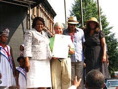 Cake Man Celebration Ft. Green Brooklyn - 4 (b'klynborn) Tags: red man green cake brooklyn drum fort battle parade 2008 velet myscenicbrooklynbrooklynscenes