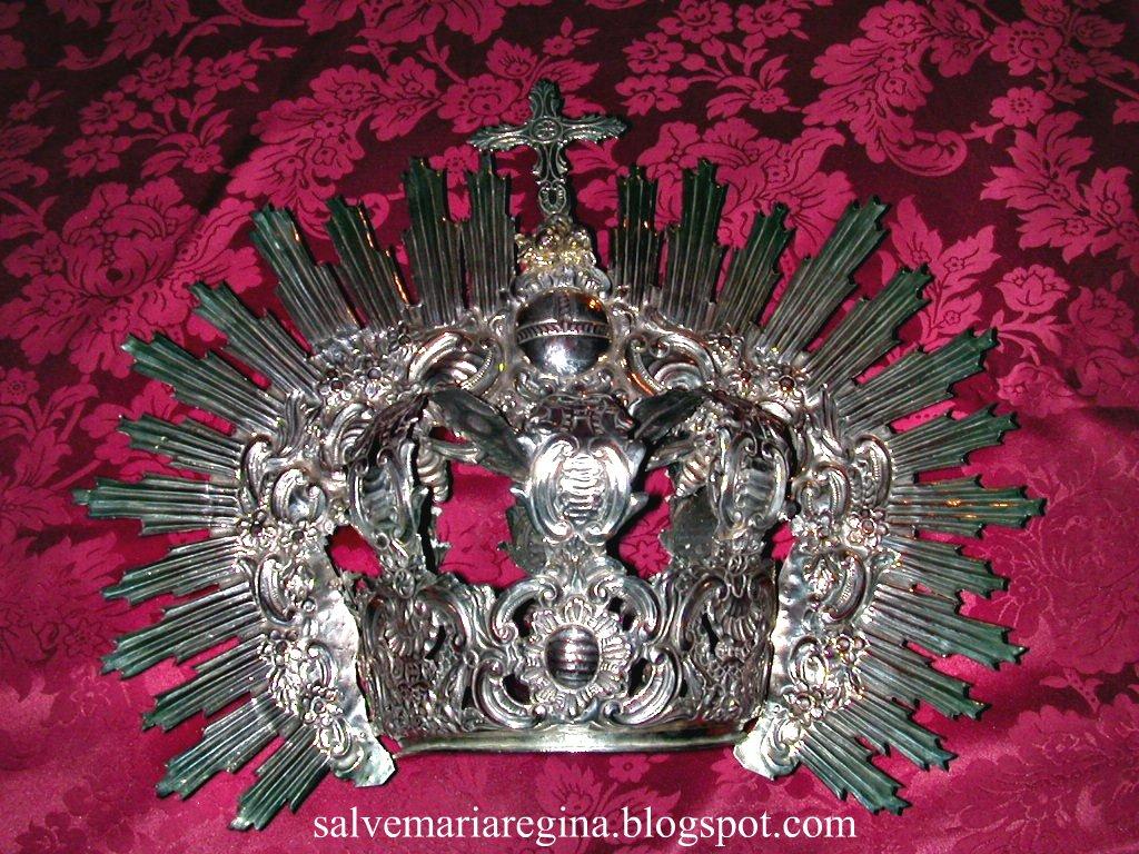 Corona de Nuestra Señora de la Salud