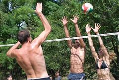 Vernasso 2008 - 152 (cinemich) Tags: friends summer italy beach sport fiume volley torneo greenvolley beachvolley valli pallavolo natisone vernasso
