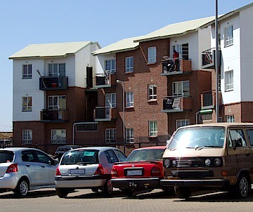 flats in Pimville