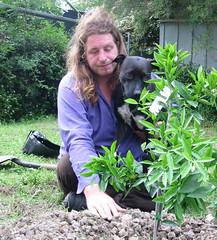 2008-11-03 Mandarin Bush Planting - Kevin & Hallie