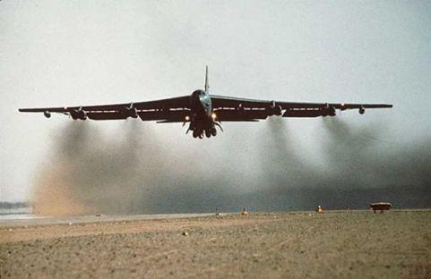Airplane picture - B-52_Stratofortress_5