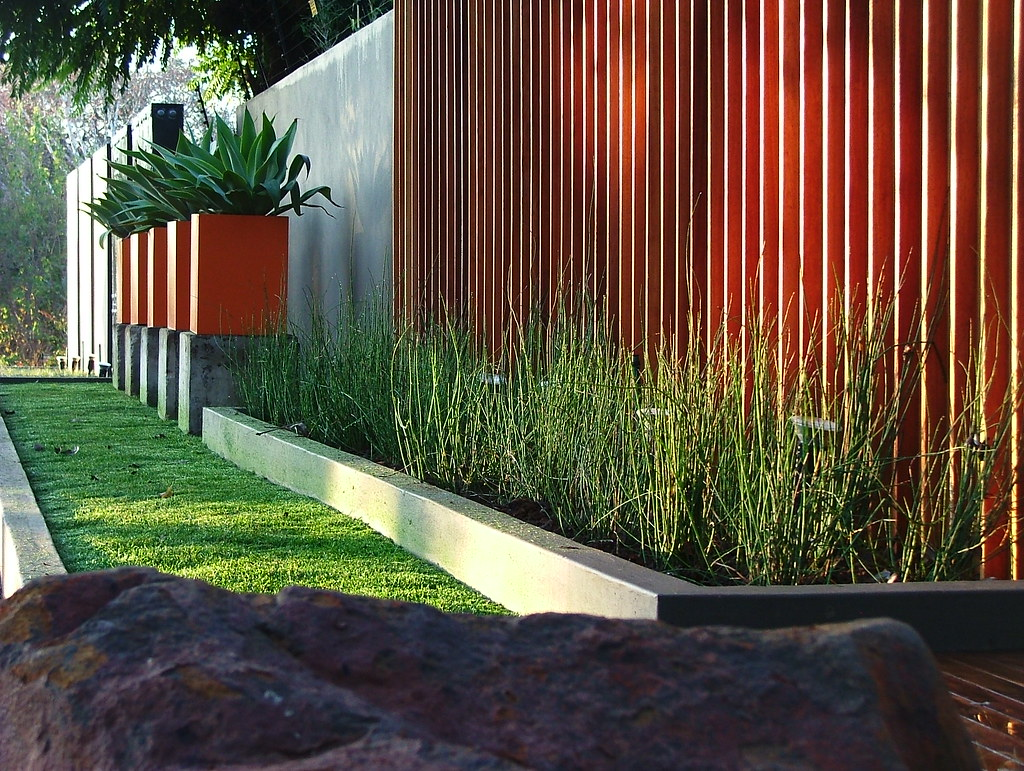 The world 39 s best photos by badec bros deco flickr hive mind for Feature wall exterior