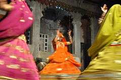 Classical Rajasthani Dance, Udaipur India (Laura Dunn-Mark) Tags: travel india site dance women colorful desert traditional culture traditions classical 2008 rajasthan udaipur haveli lauradunnmark bagorekihaveli darohar sitetravel