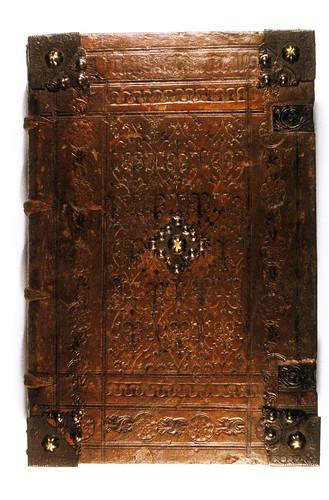 003- Summa Theologica- Cuero repujado y metal-Nuremberg 1845