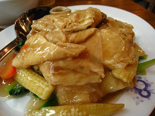 Stir-Fried Kailan with Beancurd Skin