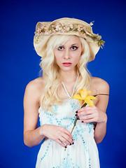 Springtime Bridgette Colette (Dave Ward Photography) Tags: woman flower cute sexy girl beautiful beauty hat studio washington spring model unitedstates gorgeous daffodil blonde bellingham platinum colette springtime bridgette bridgettecolette pss:opd=1230623603 pss:opd=1229827615