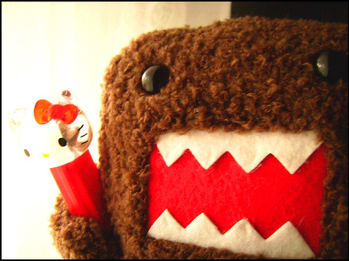 Domo Kun Likes Hello Kitty