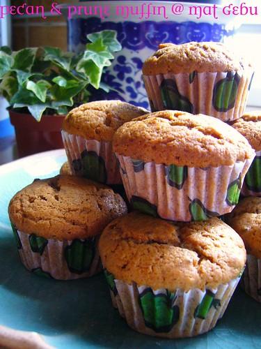 Pecan & Prune Muffin