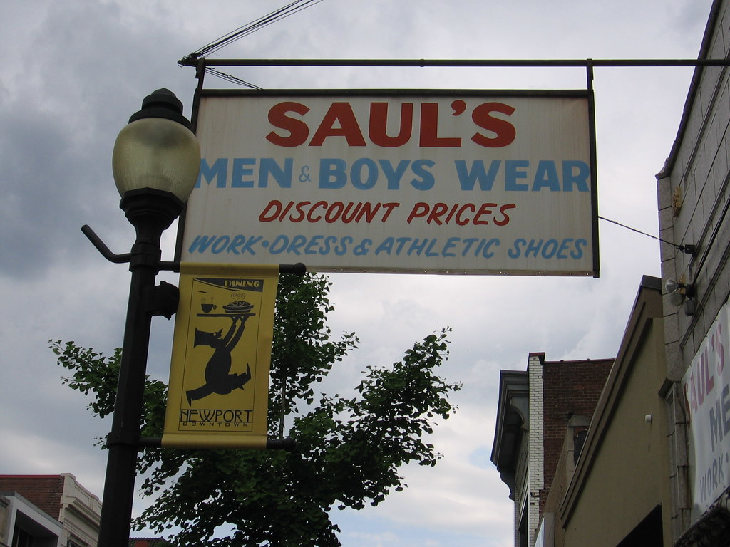 Discount Saul