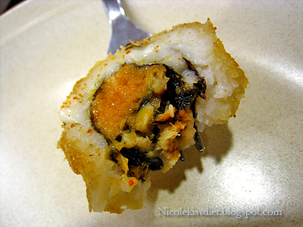 Unagi and fish roe maki
