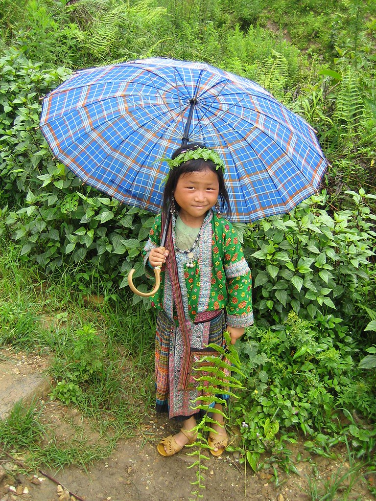Sapa girl with umbrella