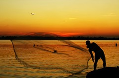 When evening falls (Lazyousuf) Tags: nyc sunset fishing howardbeach explore107