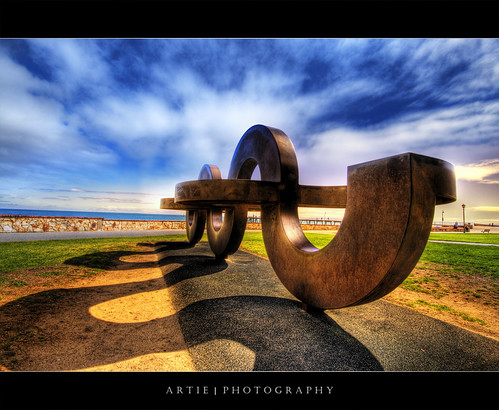 Going Curvy and Crazy :: HDR