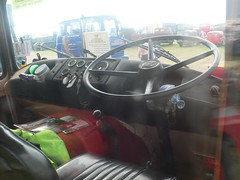 Guy Big J interior (fryske) Tags: guy classic interior cab steam commercial dorset cummins gardner fuller wolverhampton davidbrown haulage aec bigj showmans roadranger