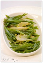 Green beans & pear. (hayley_truman) Tags: green vegetables healthy pears vegetarian pear greenbeans picnik