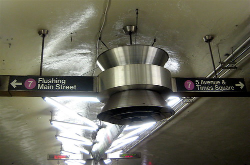 Line 7 signage New York Metro