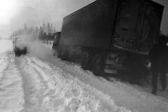 Trouble ( Sam.Seyffert) Tags: road winter river asia russia siberia ob nizhnevartovsk khantimansiisk neftyu neftyugansk zimnyak lpwinter