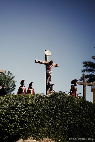 The Holy Land Experience Theme Park - Jesus gets crucified