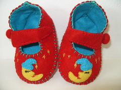 Red and teal mary janes with sleepy moon motifs (Funky Shapes) Tags: christmas uk baby moon kids children shoes sleep teal unique gift etsy booties babyshower dsm folksy misi slippersmaryjanesred handmadewholesale