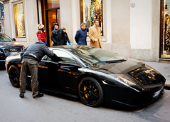 Attention Whore (Raphael Borja) Tags: street city people urban italy black milan sports car canon italian automobile italia candid milano vehicle audi lamborghini sportscar murcilago murcielago automobili q7 ef1740mmf4l lp640 viamontenapoleone 40d