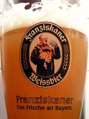Franziskaner, Hefe-Weissbier, Germany (ralph&dot (away for a bit)) Tags: beer glass germany bottle photographer drink label cerveza drinks alcohol booze bier cerveja birra ralph hefe bir bire rate pivo l weissbier bira franziskaner sr gant ratebeer  alus biiru biera beeroftheweek beerflickr beerflickre beerflickring beerflickred beerflickrs beerfickrs beerflicker