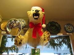 Season's Greetings! (Vintage Roadside) Tags: washington arcade polarbear longbeach roadsideattraction merrychristmas sideshow giftshop marshsfreemuseum stuffedbear vintageroadside santahatonapolarbear