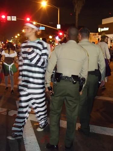 [情報]群魔亂舞—West Hollywood萬聖節大遊行