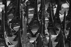 onze milles phallus / Paris art contemporain tuilerie louvre /armand auxietre / www.african-paris.com / www.full-links.com / France / tour Eiffel (AADONALD) Tags: paris france art tour louvre eiffel armand phallus onze milles tuilerie contemporain wwwafricanpariscom wwwfulllinkscom auxietre