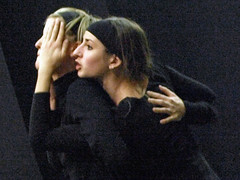 Electra  6762b (Lieven SOETE) Tags: woman art greek donna mujer theater theatre femme performance young dramatic bruxelles tragedy frau 2008 brussel electra junge joven jeune molenbeek sophocles  giovane kleineacademie  lievensoete