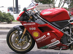 996 SPS Front Left Fairing (ducatigiege) Tags: foggy houston ducati 996 sps ohlins