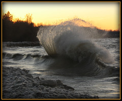 Lake Erie wave ballet (1 of 2)