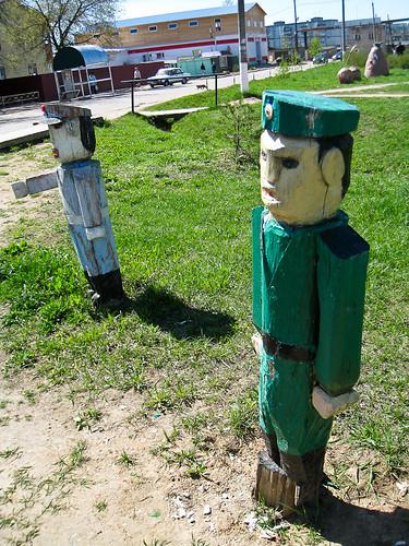 Wooden statues - Teykovo