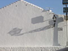2003-04-01-180-shadow-lamp
