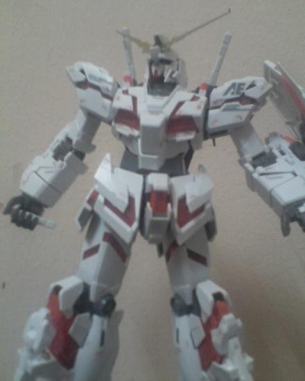 GUNDAM UNICORN-my kit destroy mode! 2472445297_287dfa72f2_o