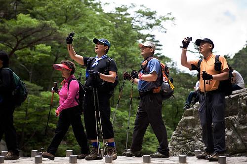 Korean hiking fashion (1/3)