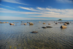 Nottawasaga Bay (BishRocks) Tags: county travel blue sky ontario canada beach water clouds island bay nikon rocks georgianbay cottage georgian simcoe nottawasaga simcoecounty d80 nikond80 wahnekewening