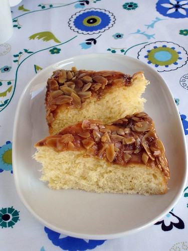 Honey-almond coffee cake