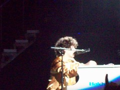 more nick piano (megan loves joe nick and kevin jonas) Tags: kevin brothers nick joe jonas
