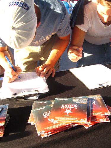 John Mayer fans regisering to vote