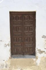 Door .. (Kuwaiti Londoner) Tags: door espaa wooden andaluca spain andalucia cordoba andalusia crdoba cordova woodendoor