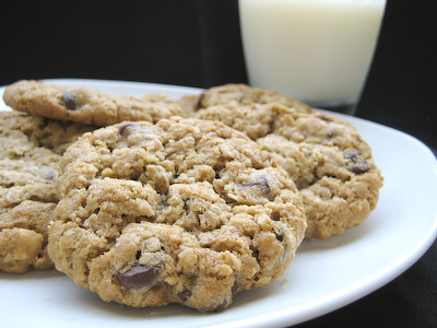 Good Eats 'n Sweet Treats: Chunky Peanut Butter and ...