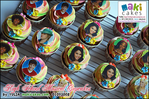 High School Musical Cupcakes - Maki Cakes