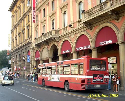 Bologna: capolinea Circolare 32