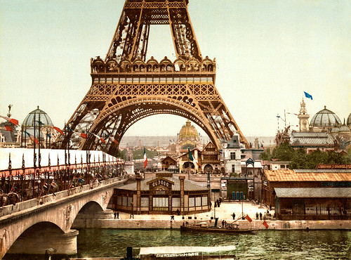 [フリー画像] 建築・建造物, 塔・タワー, エッフェル塔, フランス, パリ, 201007101900